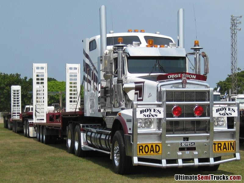 Boyes & Sons T650 Triple Road Train