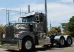 Hozzi Transport Kenworth T950