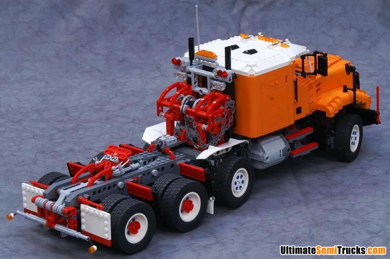 UltimateSemiTrucks.com: Lego Model
