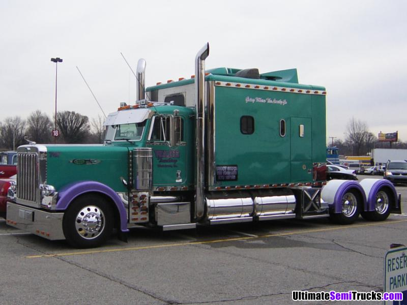 Semi Truck Pictures Big Sleeper http://ultimatesemitrucks.com/usa_trucks_large_29.html